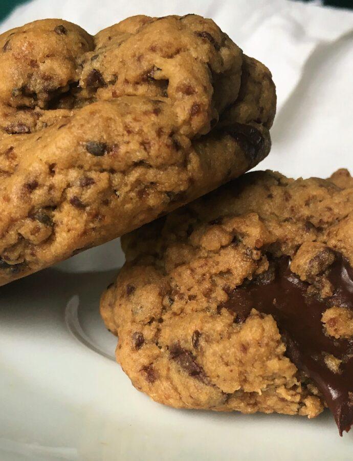The Best Einkorn Chocolate Chip Cookies
