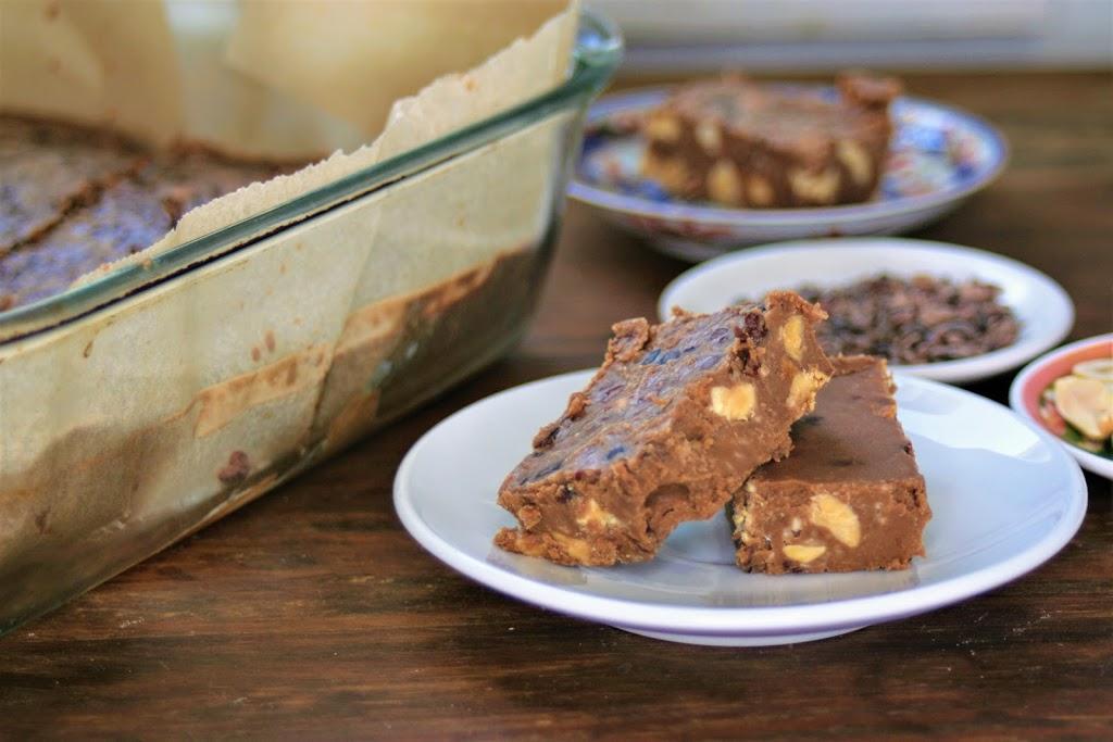 Chocolate Peanut Butter Keto Fudge